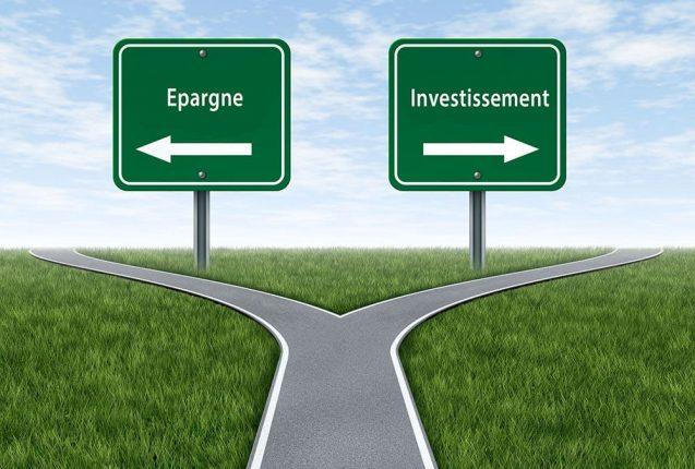 Un signe directionnel entre épargne et investissement